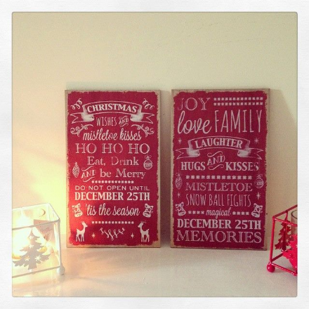 2 Hanging Christmas Plaques
